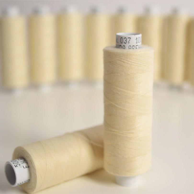 polyesterová-niť-arena-500-m-farba-ecru-120