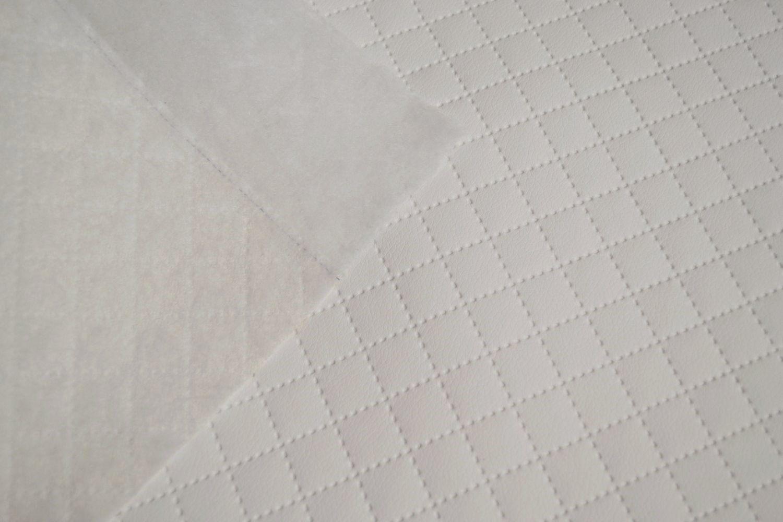 látka-prešívaná-ekokoža-(koženka)-ekosoft-karo-ek-farba-biela